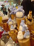20040307/another_totoro_store_display